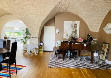 Appartement à Foucherans - T7 - 370m2