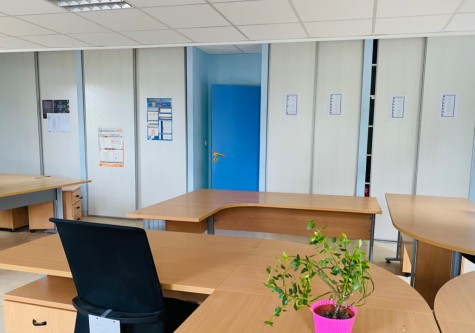 Local professionnel à Tavaux - 611m2