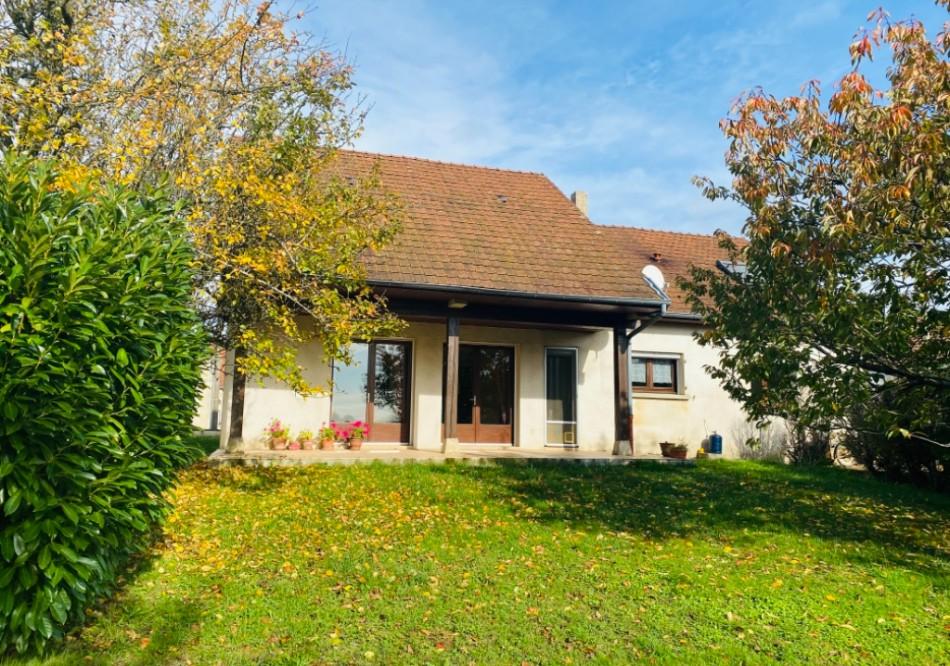 Maison à Annoire - T6 - 161m2