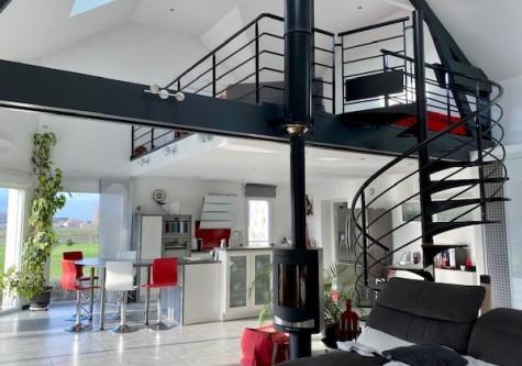 Maison à Auxonne - T6 - 227m2