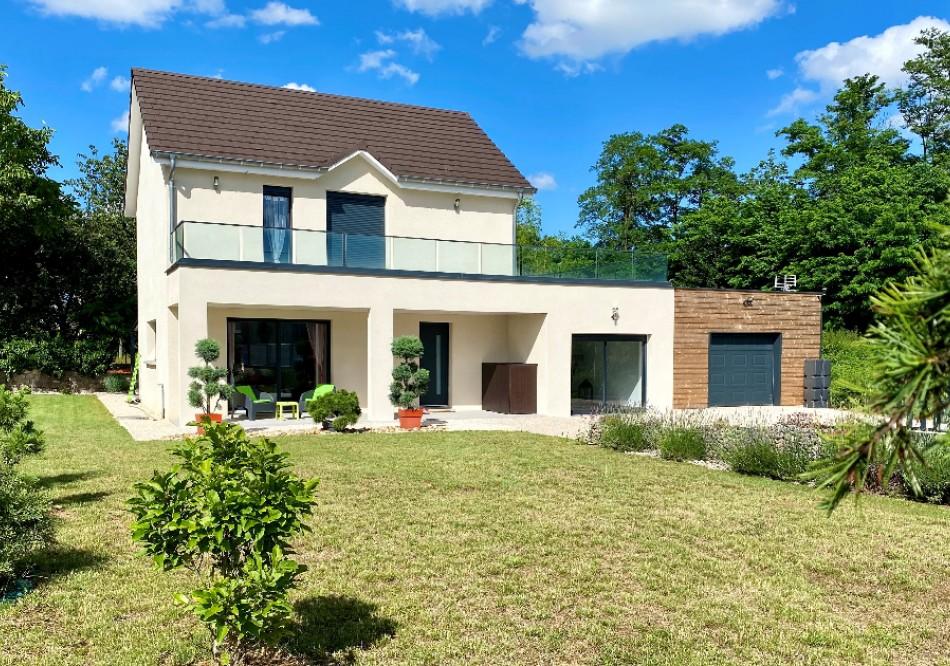 Maison à Dole - T6 - 120m2